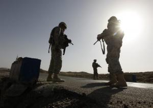 Σάλος! Εντολή σε Αμερικανούς στρατιώτες να «κουκουλώνουν» την παιδεραστία!