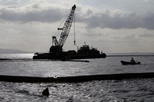 Συνεχίζονται οι προετοιμασίες για την ανέλκυση του ναυαγίου του «ΑΓΙΑ ΖΩΝΗ ΙΙ»