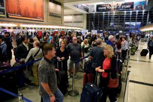 """""""Απόβαση"""" Ελλήνων Αστυνομικών στη Γερμανία για ελέγχους στα αεροδρόμια"""