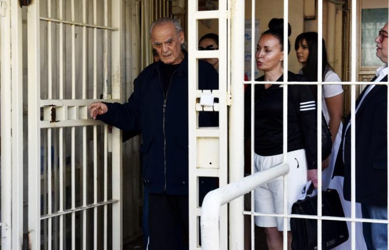 Στο εδώλιο η Βίκυ Σταμάτη – Αρνήθηκε να μιλήσει στον Τσοχατζόπουλο | Newsit.gr