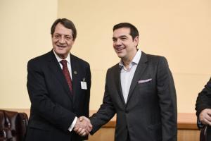 Την Τρίτη στην Λευκωσία κοινή συνάντηση Αναστασιάδη-Σίσι-Τσίπρα