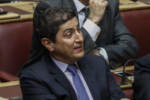 ΝΔ: Ο Αυγενάκης δεν φεύγει!