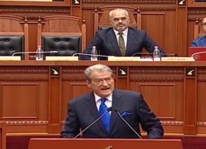 «Πόλεμος» μεταξύ Ράμα και Μπερίσα στην Βουλή για την Χειμάρρα