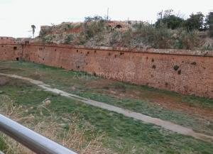 Χανιά: Έπεσε στο κενό από τα τείχη της δυτικής τάφρου – Στο νοσοκομείο ο νεαρός!