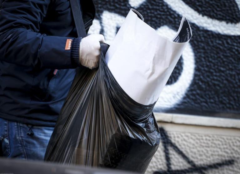 Εξάρχεια: Βρήκαν… «θησαυρό» σημειώσεων στην κατάληψη της Καλλιδρομίου