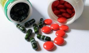 Μεγάλη αστυνομική επιχείρηση στην Πεύκη για το κύκλωμα με τα αντικαρκινικά φάρμακα