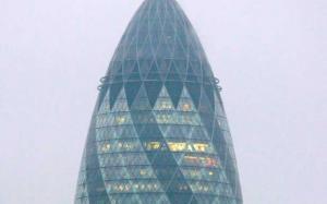 Συναγερμός στο Λονδίνο! Αποκλεισμένος ο Πύργος Gherkin
