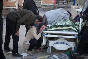 Σεισμός σε Ιράν και Ιράκ: Καταστροφή με εκατοντάδες νεκρούς [pics, vids]