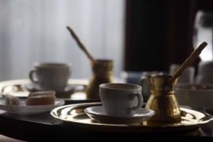 Τρίκαλα: Οι διαρρήκτες την «έβγαλαν» με καφέδες και ουίσκι