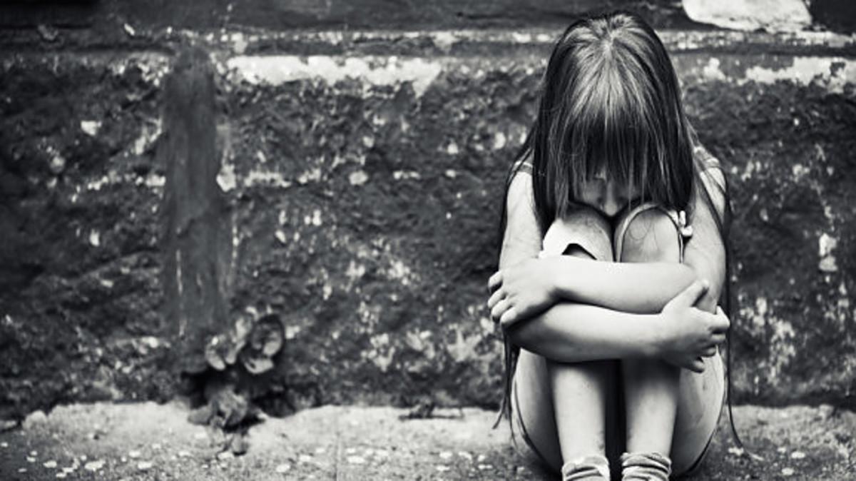Αυτός είναι ο πασίγνωστος μουσικός παραγωγός που «κόμπαζε» για τον βιασμό της 11χρονης κόρης της συντρόφου του [pic]