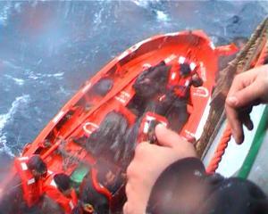 Μυτιλήνη: Η μάνα του 10χρονου αποπειράθηκε να πέσει στη θάλασσα!