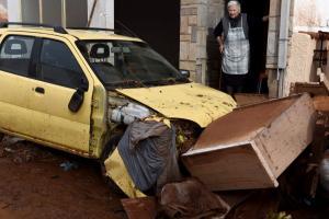 Επιστήμονες: Για τις πλημμύρες στη Μάνδρα «φταίει» ο καύσωνας του καλοκαιριού!