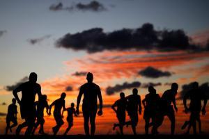 Νεκροί 23 μετανάστες σε ναυάγιο στη Μεσόγειο