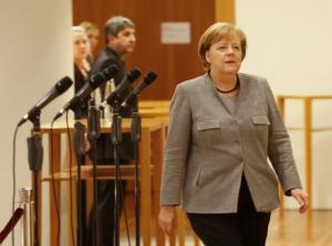 FAZ: Ώρα μηδέν για τη Μέρκελ – Ολοταχώς για νέες εκλογές;