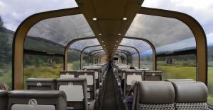 Γυάλινο τρένο ξεπερνά κάθε φαντασία