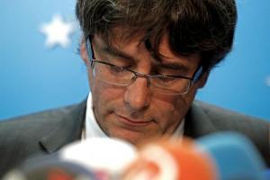 Ραγδαίες εξελίξεις στην Ισπανία: Παραδόθηκε στην αστυνομία ο Πουτζδεμόν