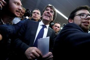 Καταλονία: Δεν το… κουνάει από τις Βρυξέλλες ο Πουτζδεμόν