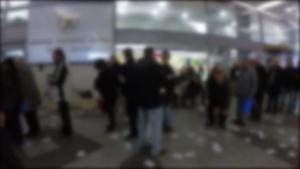 Βίντεο – ντοκουμέντο: Η στιγμή που ο Ρουβίκωνας κάνει «ντου» στα κεντρικά της ΔΕΗ