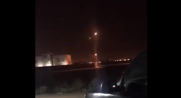 Σαουδική Αραβία: Βαλλιστικό πύραυλο στο Ριάντ «έριξε» η Υεμένη [vid] | Newsit.gr