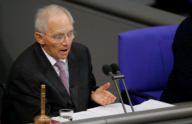 Παρέμβαση Σόιμπλε για το αδιέξοδο στη Γερμανία: Αναλάβετε τις ευθύνες σας! | Newsit.gr