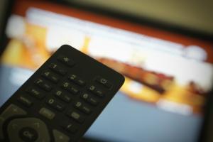 Έρευνα: ποιοι βλέπουν τηλεόραση και πότε