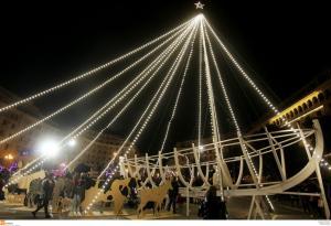 Αύριο ανάβει το Χριστουγεννιάτικο δέντρο της Θεσσαλονίκης
