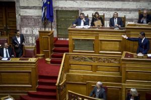 Μητσοτάκης – Τσίπρας: Ξεκίνημα με ειρωνεία! «Καλώς τον»! [vid]
