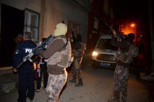 Αλυσοδεμένοι σε υπόγειο στην Κωνσταντινούπολη 57 μετανάστες!