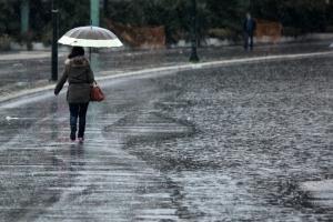 Καιρός: Σε ισχύ το έκτακτο δελτίο επιδείνωσης – Βροχές και κρύο την Πέμπτη