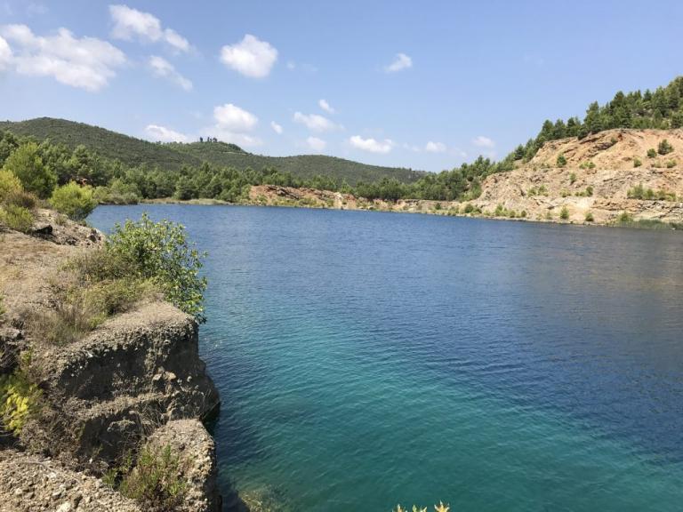 Τα ορυχεία στην Βόρεια Εύβοια που έγιναν… αλπικές λίμνες [pics] | Newsit.gr