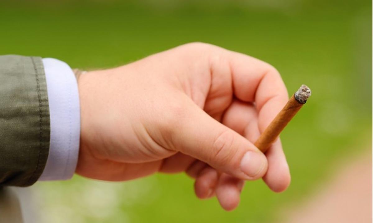 Αν καπνίζετε πουράκια ΠΡΕΠΕΙ να δείτε τι έδειξε μια νέα έρευνα…   Newsit.gr