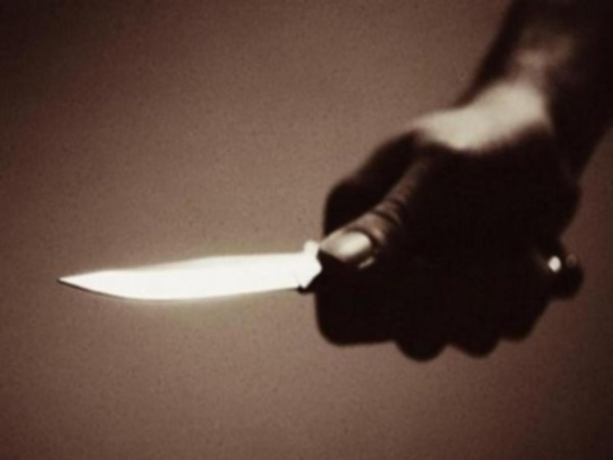 Ηράκλειο: Ο φιλικός καυγάς κατέληξε σε μαχαίρωμα – Του το κάρφωσε στον λαιμό | Newsit.gr