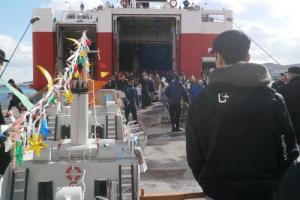 Σύρος: Αξέχαστο ταξίδι για τους επιβάτες του Fast Ferries Andros – Οι εικόνες που θα θυμούνται [pics]
