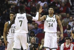 NBA: Με Αντετοκούνμπο οδηγό! Επιστροφή στις νίκες για Μπακς [vid]