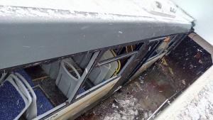 Τρόμος: Λεωφορείο «σάρωσε» διάβαση πεζών – 4 νεκροί! Συγκλονιστικά βίντεο