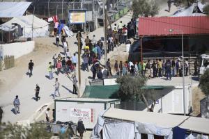 Λέσβος: Όπλα, κλοπές και συλλήψεις στον καταυλισμό της Μόριας