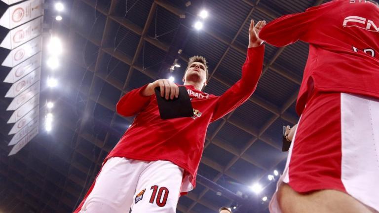Ολυμπιακός: Είναι επίσημο – Χάνει τη σεζόν ο Αγραβάνης