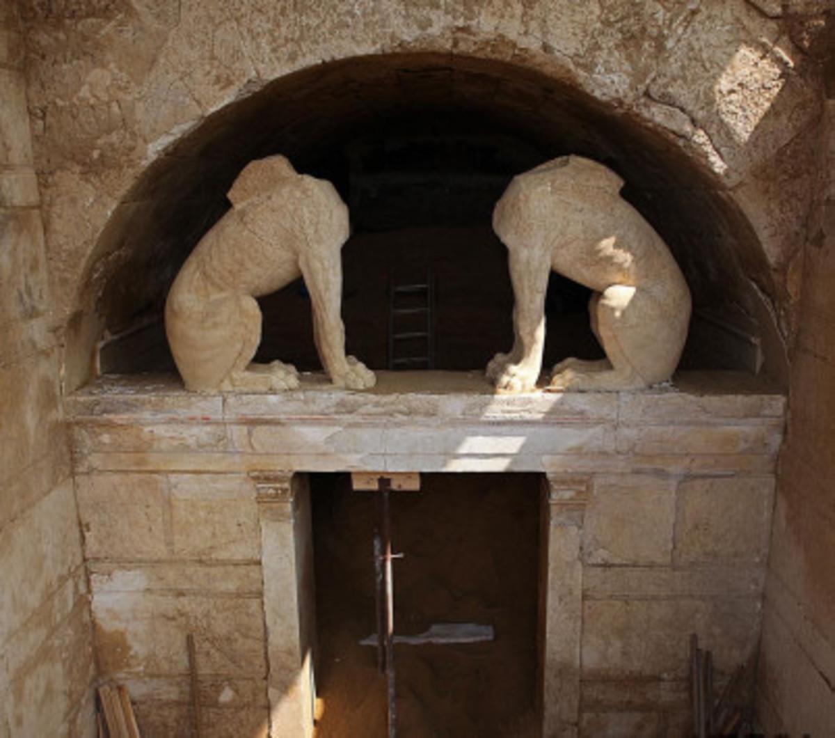 Αμφίπολη: Ξαφνική… κινητικότητα γύρω από τον αρχαιολογικό χώρο