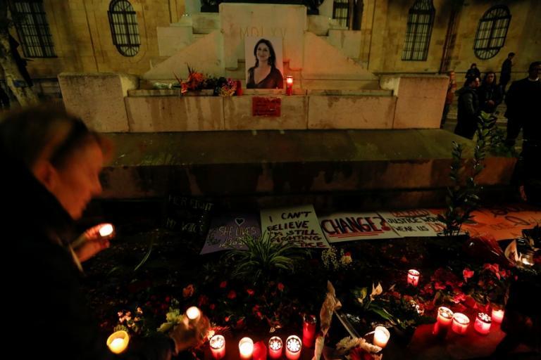 Δολοφονία δημοσιογράφου των Panama Papers: 8 συλλήψεις στη Μάλτα | Newsit.gr