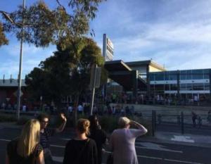 Μελβούρνη: Πληροφορίες για έκρηξη σε εμπορικό κέντρο προκάλεσαν νέο συναγερμό