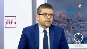 Λικ Καρβουνά: Ποιος είναι ο Έλληνας υποψήφιος για την ηγεσία του Σοσιαλιστικού Κόμματος στη Γαλλία