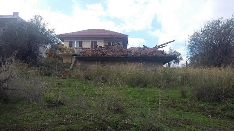 Αποτέλεσμα εικόνας για Κι όμως συνέβη . Κατεδάφισαν λάθος σπίτι στο Αγρίνιο