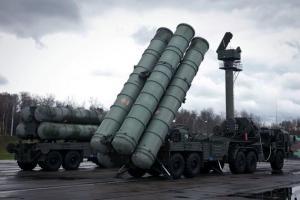 Τουρκία: Έπεσαν οι υπογραφές για τους S-400