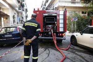 Πυρκαγιά σε κλειστό μηχανουργείο στο Θησείο