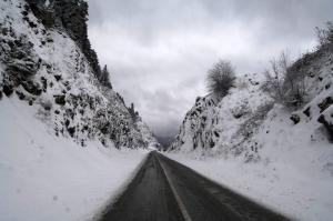 Καιρός: Χιόνια και βροχές ως την Κυριακή – Η πρόγνωση ως και τη δεύτερη μέρα των Χριστουγέννων