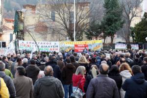 «Κανένας Σταθάκης ή Τσίπρας δεν έχει δικαίωμα να προχωρήσει σε αποεπένδυση της ΔΕΗ»