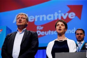 Γερμανία: Ξανά αρχηγός του ρατσιστικού AfD ο Γιέργκ Μόιτεν
