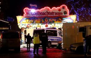 Γερμανία: Αλλαγή χρόνου με… αστυνομικούς σε κάθε βήμα – Φόβοι για νέο τρομοκρατικό χτύπημα