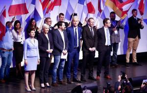 Οι ακροδεξιοί της Ευρώπης… «χαιρετίζουν» τη συμμετοχή του FPO στην Αυστριακή κυβέρνηση