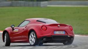 Έρχεται σημαντικά αναβαθμισμένη η Alfa Romeo 4C
